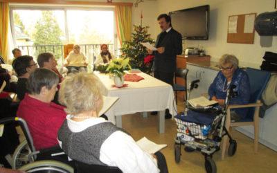 Weihnachtsfeier mit Pfarrer