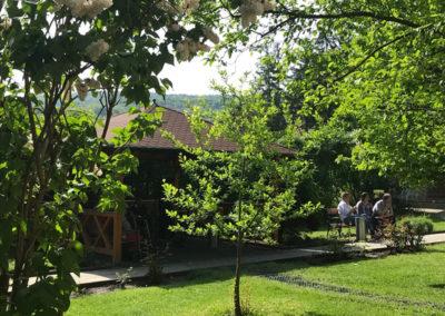 WiFi Loungebereich im Garten